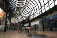 La mujer llegó el 2 de marzo al aeropuerto José María Córdova.