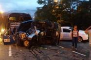 Imágenes del choque de varios vehiculos en Medellín