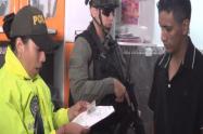 Policía capturó en sus casas a cinco presuntos fleteros de Medellín