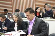 León Fredy Muñoz, representante a la Cámara por la Alianza Verde denuncias presiones del Gobierno