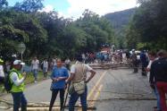 Bloqueo de la vía Mocoa - Pitalito