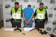 Las autoridades investigan si esta persona hace parte de los combos criminales que ya dejan más de 50 personas asesinadas en ese municipio este año.