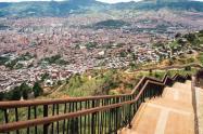 Panorámica de la comuna ocho de Medellín