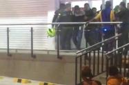 Captura de dos supuestos ladrones en un supermercado de Medellín