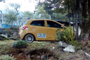 Encuentran cadáver  en un taxi en el municipio de Bello