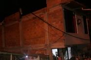 Un muro de adobes mató una adulta mayor en Bello
