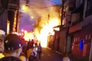 Una fuga de gas sería la causa del incendio de una vivienda del barrio Aranjuez de Medellín