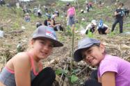 3.800 árboles fueron sembrados en el Cerro de las Tres Cruces de Medellín