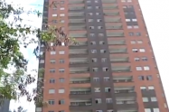 Investigan muerte de piloto, que cayó de un décimo piso en Sabaneta