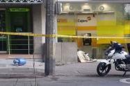 Los autoridades enfrentaron a los delincuentes y evitaron el robo.