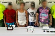 """Los detenidos serían integrantes de """"Los Caparros"""" y el """"Clan del Golfo""""."""