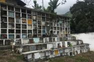 Cementerio de Dabeiba, Antioquia.