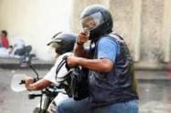 Dos presuntos fleteros venezolanos golpearon a su víctima para hurtar ocho millones