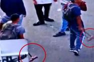 Alcalde de Medellín denunció que le pagan a 'limpiavidrios' venezolanos para infiltrarse en protestas en la Universidad de Antioquia