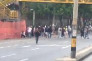 La Alcaldía autorizó la intervención del Esmad para desbloquear las vías.