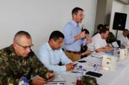 Reunión entre las autoridades y los desmovilizados en Santa Lucía, Ituango.