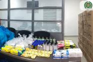 Para prevenir ser contagiados por COVID 19, 7 mil policías de Medellín recibieron kits de bioseguridad