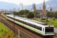 Antes de iniciar la operación comercial, encuentran el cuerpo de una persona en la vía férrea del Metro de Medellín