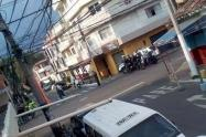 Asesinaron a una pareja de novios dentro de un vehículo en Bello