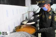 La Policía repartirá dos mil comidas diarias  a población vulnerable de Medellín