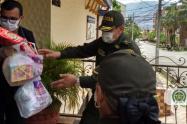 En el Valle de Aburrá, la Policía ha entregado 14 mil almuerzos durante la cuarentena