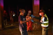 200 habitantes de calle compartieron con la policía una chocolatada en el centro de Medellín