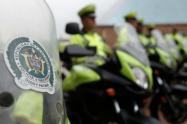 Dos policías de Medellín resultaron lesionados en actos de intolerancia durante la cuarentena
