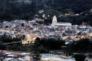 Expulsaron a 8 extranjeros que violaron la cuarentena en San Rafael, Antioquia