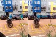 El blopper de dos médicos al dejar caer a un paciente