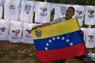 Claudia López no tenía que sacar en cara lo que ha invertido, no es un favor: Migrantes venezolanos