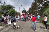 Manifestación pacífica en la comuna Robledo de Medellín.
