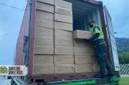 Policía de Medellín incautó millonaria mercancía de contrabando proveniente de la China