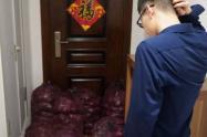 """Mujer despechada llevó una tonelada de cebollas a la casa de su ex para """"hacerlo llorar"""""""