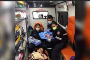 Los menores nacieron dentro de un ambulancia, rumbo a un hospital.