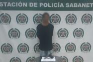 Administrador de negocio desarmó a dos ladrones en Sabaneta, Antioquia
