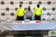 Esta persona fue sorprendida con un kilo de marihuana y más de 500 cigarrillos de este alucinógeno entre otros estupefacientes.