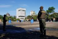 La policía vigilará con 280 nuevos uniformados la cuarentena del centro de Medellín