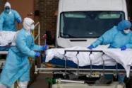 Mujer le ocultó a su familia que tenía covid y ahora todos están muertos