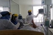 Esta situación mantiene a la ciudad en alerta naranja hospitalaria. Hay 156 pacientes COVID-19 hospitalizados.