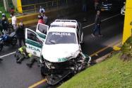 Accidente de tránsito dejo tres policías lesionados en la autopista Medellín – Bogotá