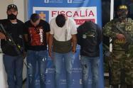 Estas personas le exigían a un comerciante cinco millones de pesos.
