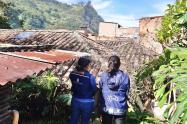 Emergencia en Copacabana, inestabilidad del terreno deja una vivienda colapsada
