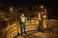 174 personas de Medellín violaron la primera noche del toque de queda