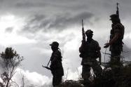 Miembros del grupo paramilitar de las AUC, en el año 2003.