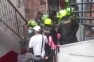 Los uniformados resultaron heridos tras recibir mordidas de  un perro considerado potencialmente peligroso.