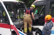 El choque de dos buses dejó 8 personas lesionadas en Medellín