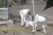 Hallan cadáver metido en costales en el barrio Miranda de Medellín
