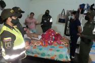 Familia de joven con parálisis cerebral recibió ayuda de la policía en Turbo, Antioquia