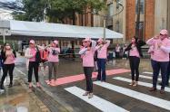 Conmemoración del Día de la Lucha contra el Cáncer de Mama en Medellín