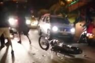 Taxi rodó y mató un motociclista en San Antonio de Prado
